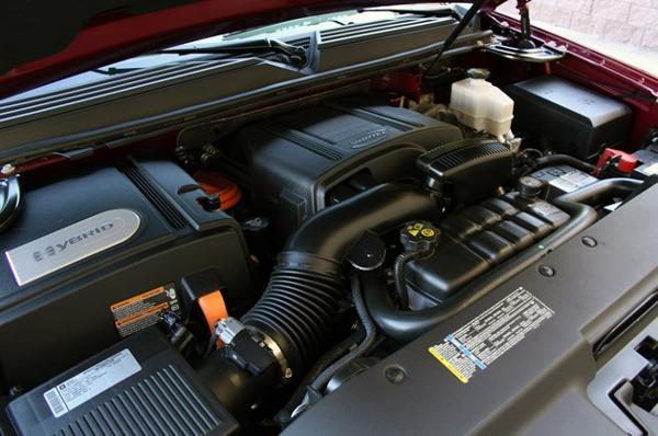 2014 Cadillac Escalade Engine