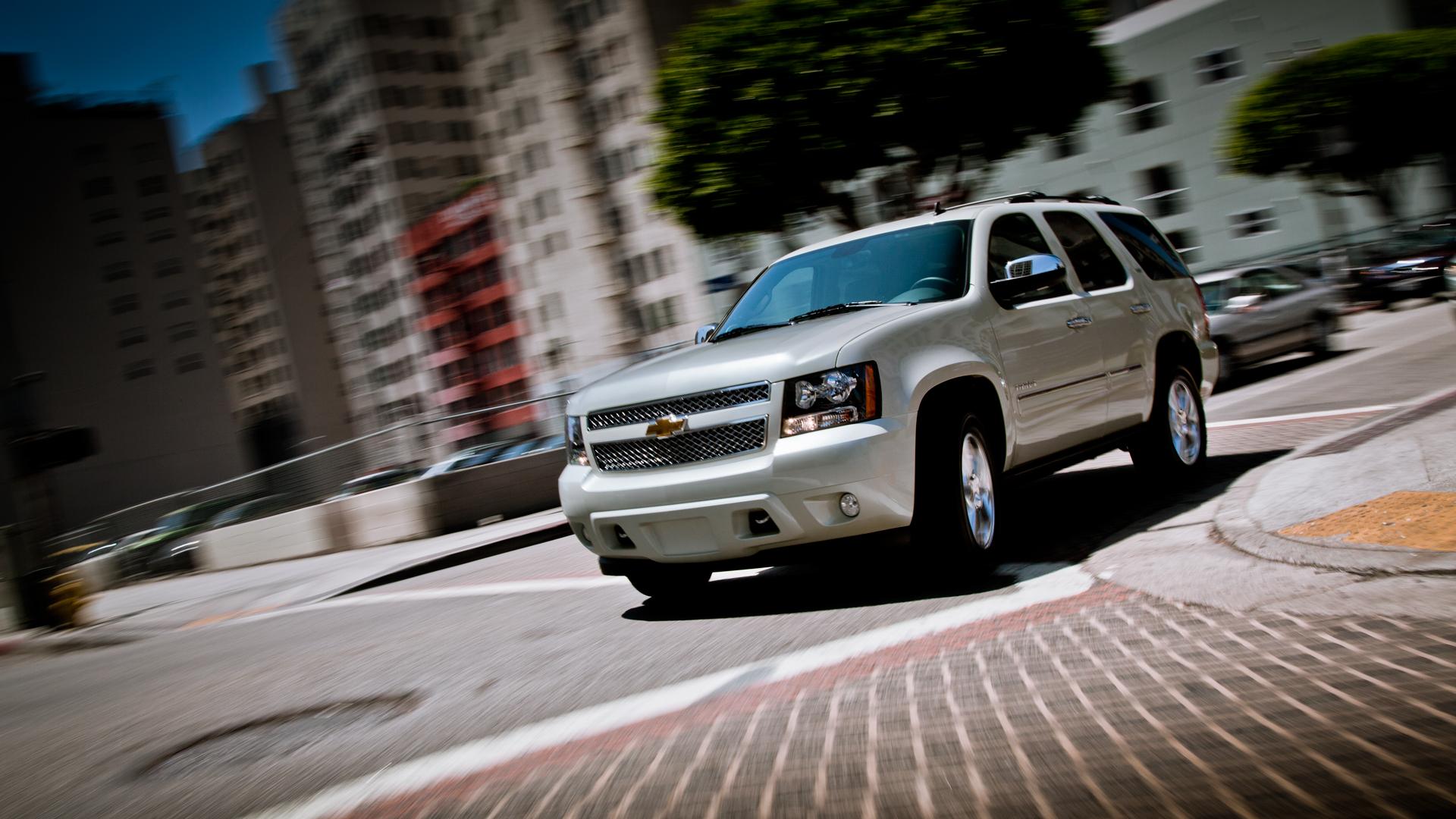 2014 Chevrolet Tahoe  TOPISMAGNET