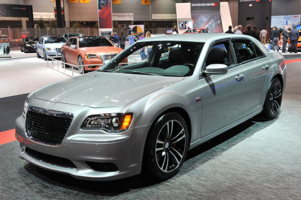 2014 Chrysler 300 SR8 Changes