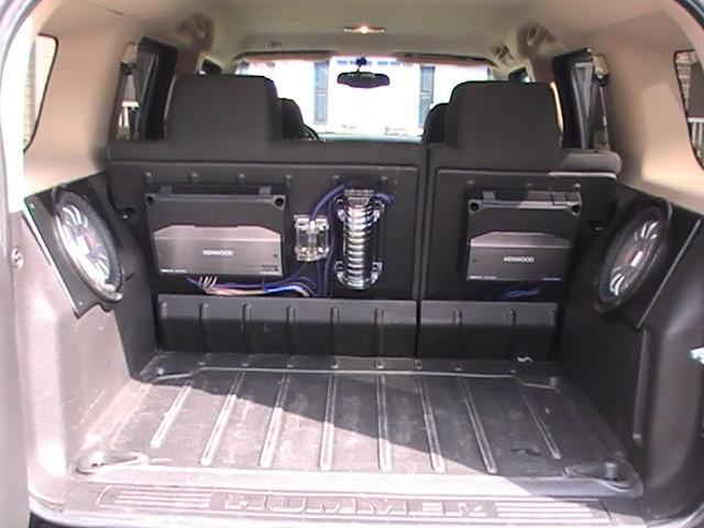 2014 Hummer H3 Inside
