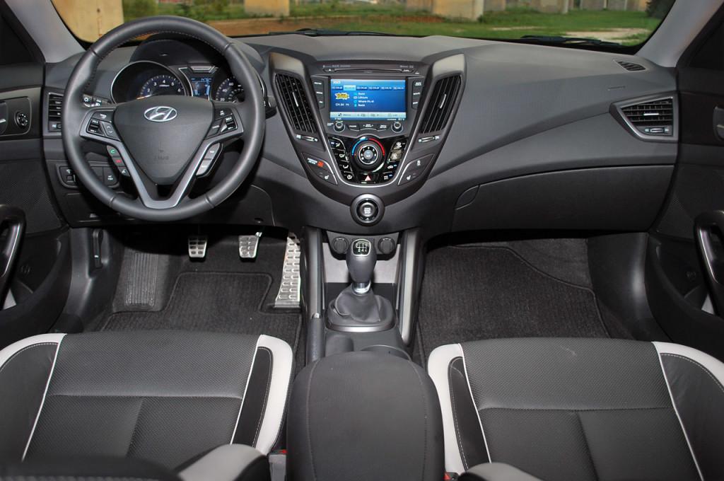 2014 Hyundai Veloster Interior