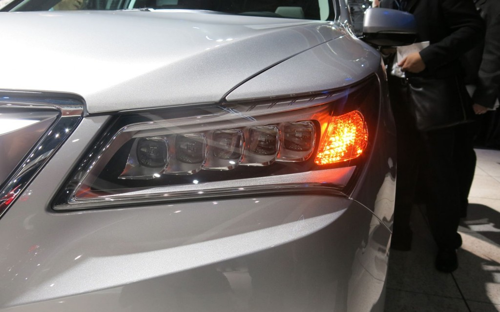 2014 Acura MDX HeadLights