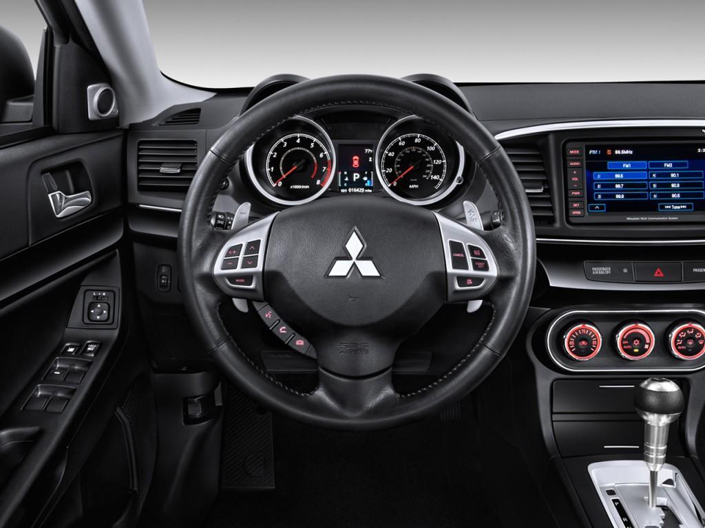 2014 Mitsubishi Eclipse Interior