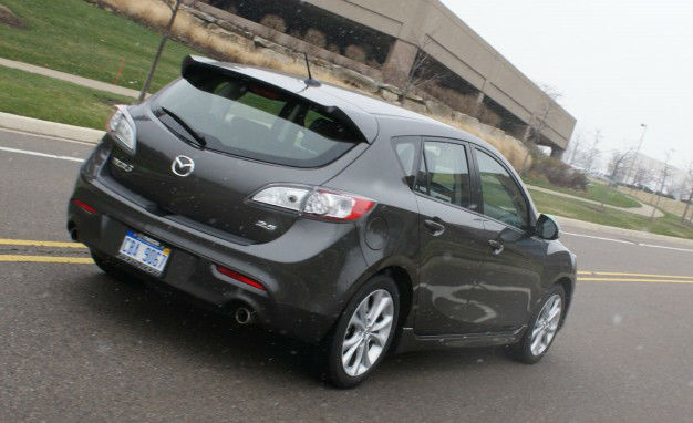 2012 Mazda3 i Grand Touring Hatchback
