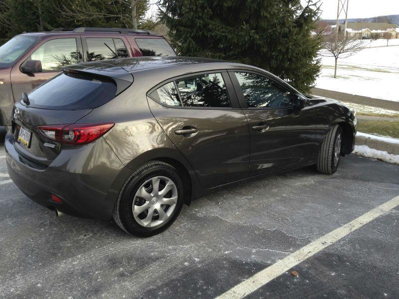 2014 Mazda3 i Sport Hatchback