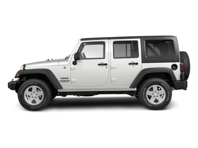 2013 Jeep Wrangler Rubicon White