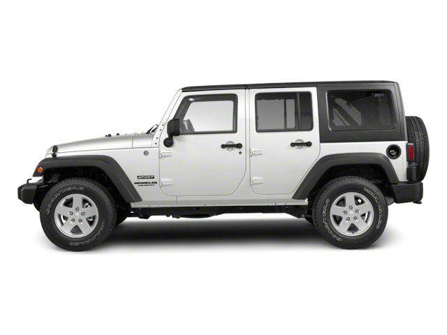 2013 Jeep Wrangler Rubicon White