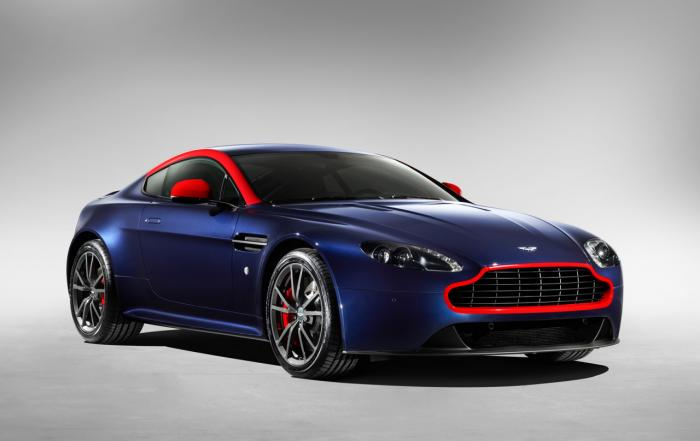 2014 Aston Martin DB9 Carbon Edition