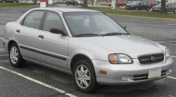 Suzuki Cultus Crescent Silver