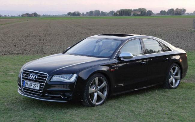 2013 Audi S8 Custom