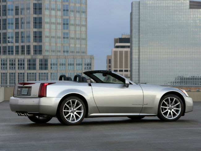 Cadillac XLR-V Wallpaper