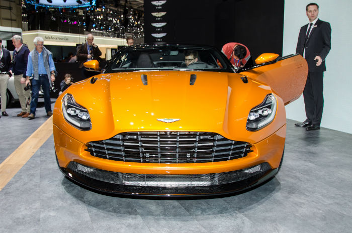 2017 Aston Martin DB11 Facelift