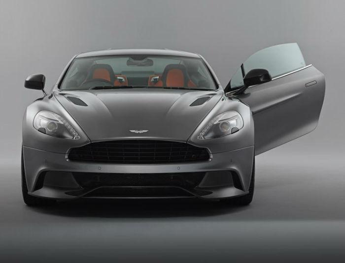 2017 Aston Martin Vanquish Facelift