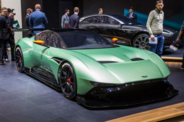 2017 Aston Martin Vulcan Model