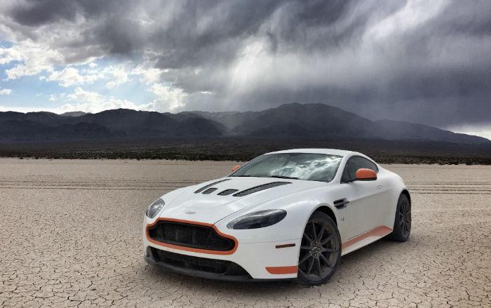 2017 Aston Martin v12 Vantage S Manual