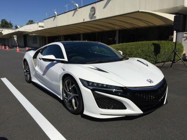 2017 Acura NSX White