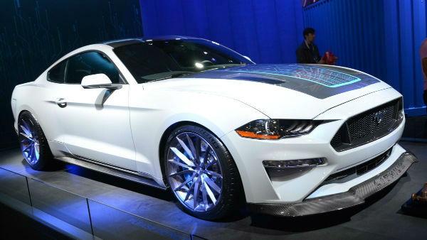 2020 Mustang Crossover