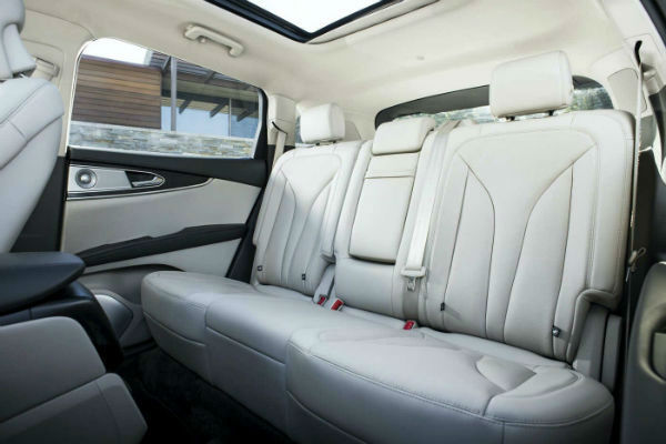 2020 Lincoln Nautilus Inside