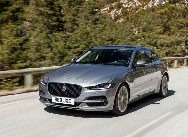 Jaguar XE 2020 Grey