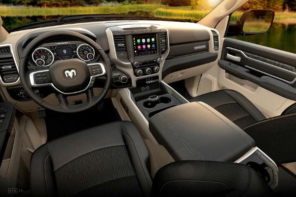 RAM Power Wagon 2020 Interior