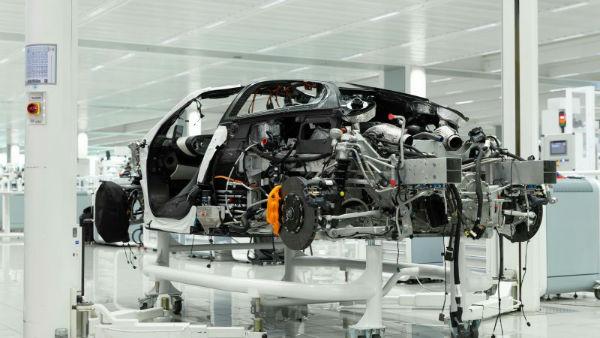 McLaren Speedtail Engine