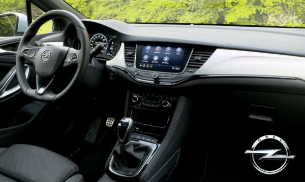 Opel Zafira 2020 Interior