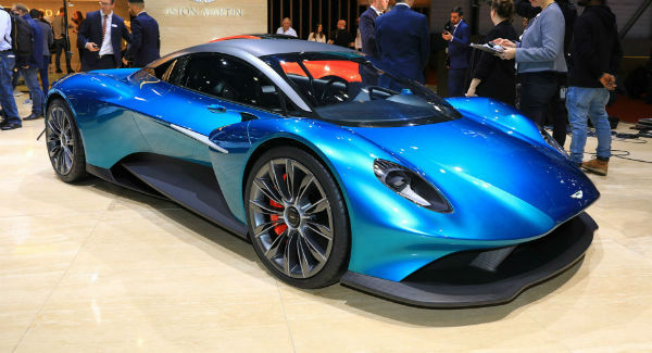 Aston Martin 2021 Vanquish